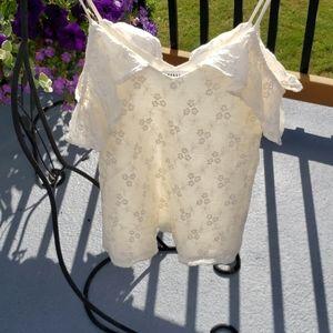 RO & DE Cream/Ivory Floral Ruffle Blouse Size XS